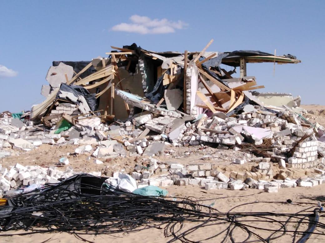 إزالة التعديات واستعادة 125 فدانا من أراضي الدولة بمدينة بئر العبد (2)