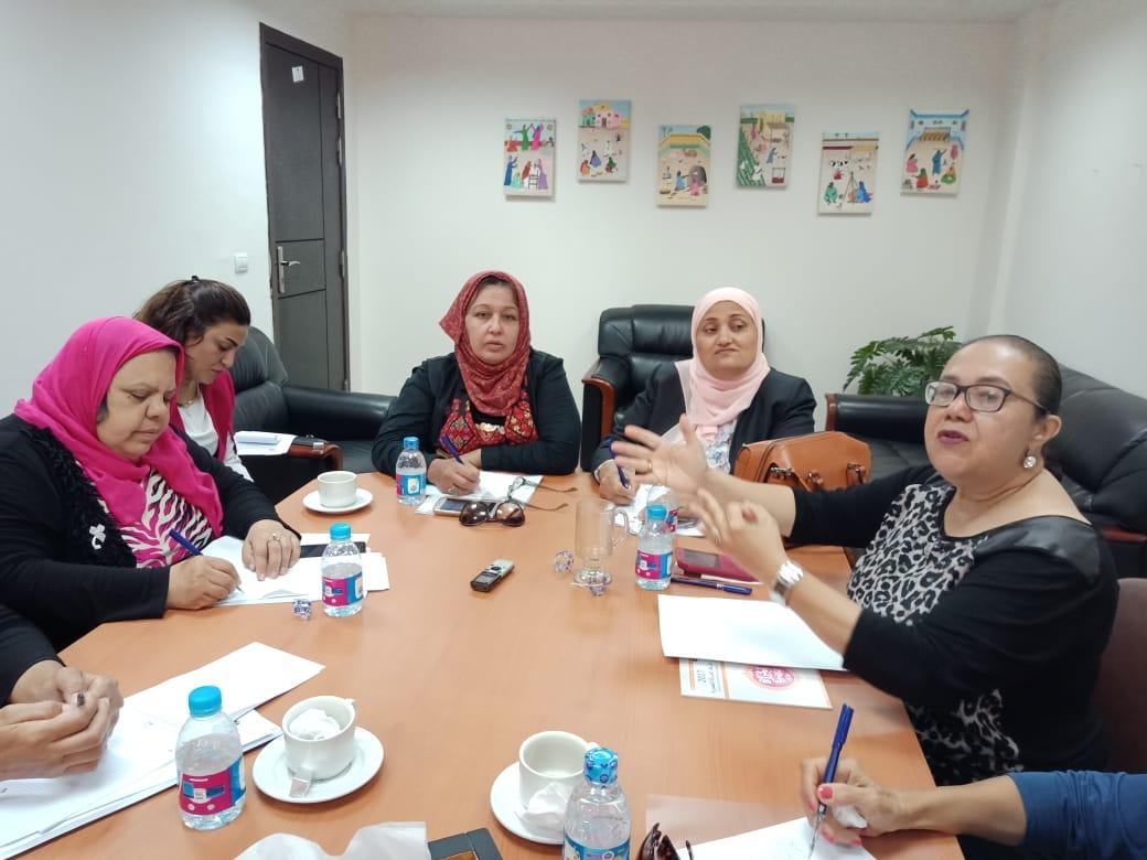 رئيس لجنة المحافظات بالقومي للمرأة (5)