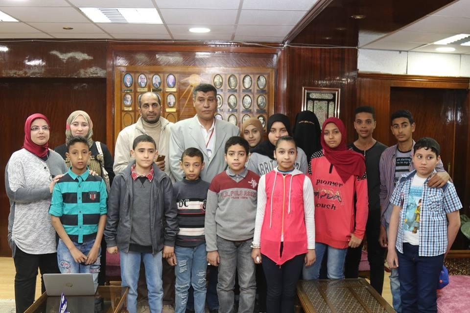 5- تلاميذ يتبرعون لصالح مركز الأورام