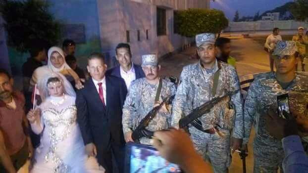 عروسان دخل اللجنة الانتخابية (1)