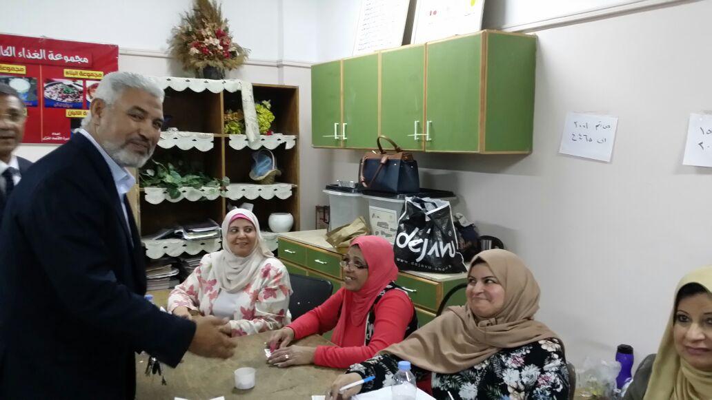 جمال عبد الحميد يدلي بصوته في انتخابات الرئاسة (2)