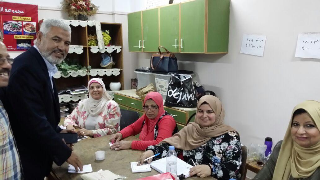 جمال عبد الحميد يدلي بصوته في انتخابات الرئاسة (3)