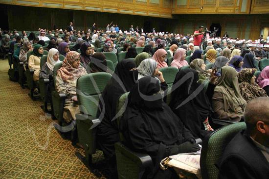 الدكتورمحمد المحرصاوى رئيس جامعة الأزهر خلال الجلسه الافتتاحيه (24)