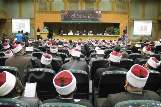 الدكتورمحمد المحرصاوى رئيس جامعة الأزهر خلال الجلسه الافتتاحيه (14)