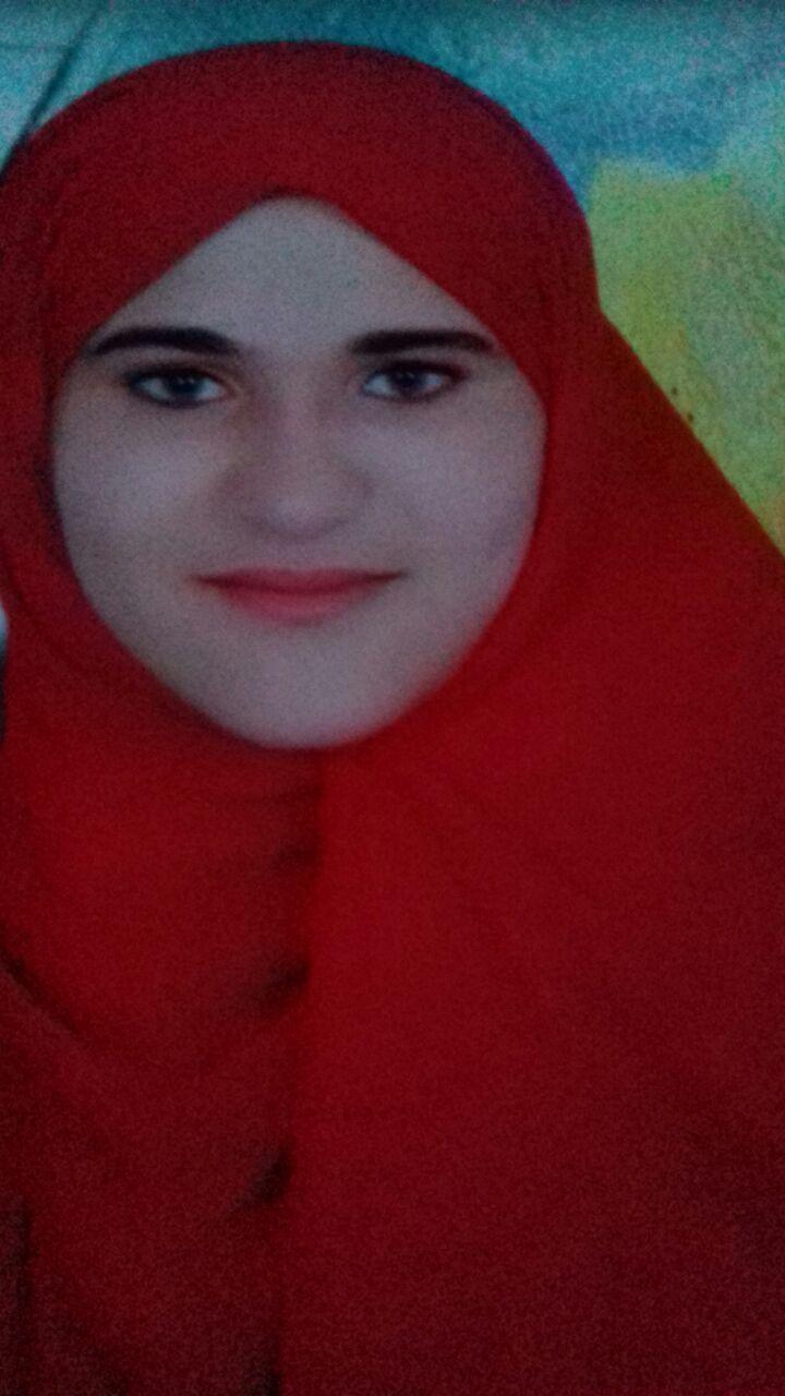 ثلاث فتيات وولد علي هامش الحياة (6)
