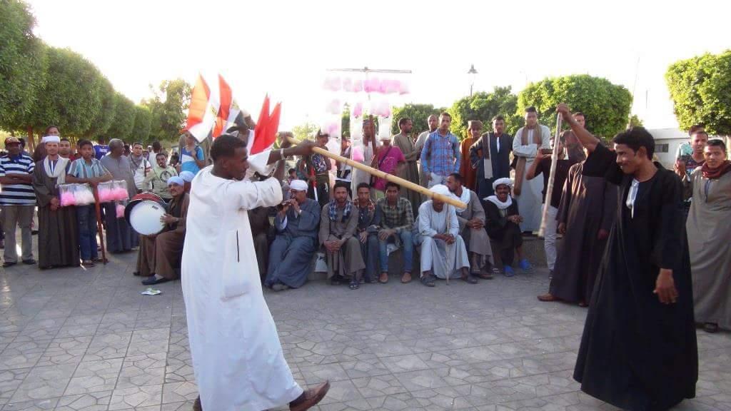 مزمار بلدي وتحطيب فى احتفالات أسوان بفوز السيسى فى الانتخابات  (5)