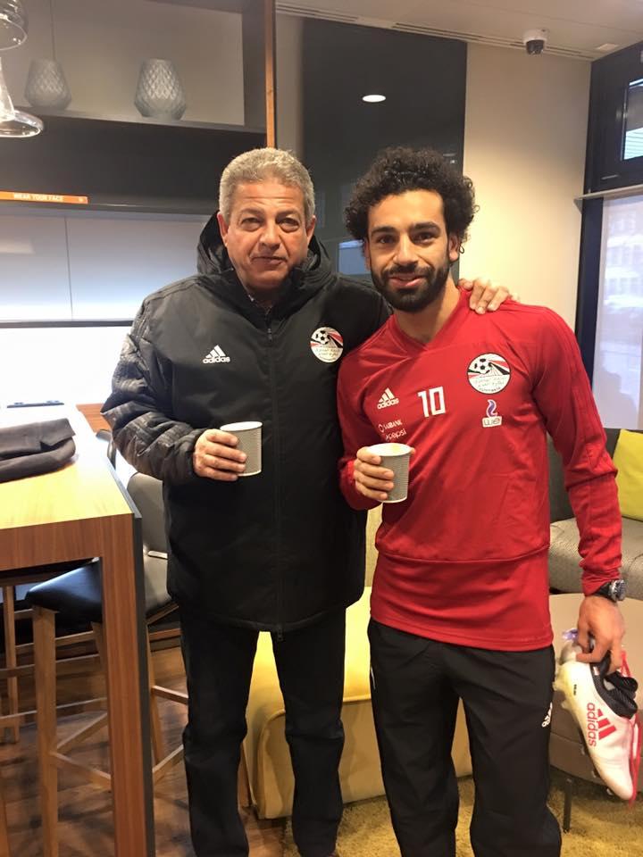 محمد صلاح مع وزير الرياضة.jpg 1