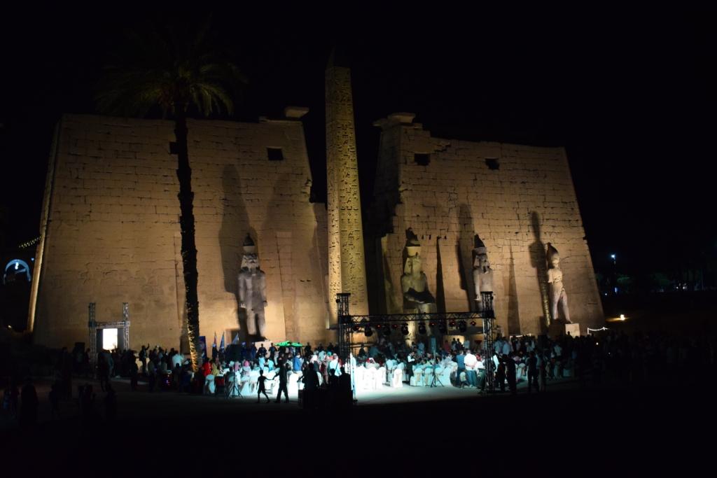 تمثال جديد للملك رمسيس يعود لواجهة معبد الأقصر (6)