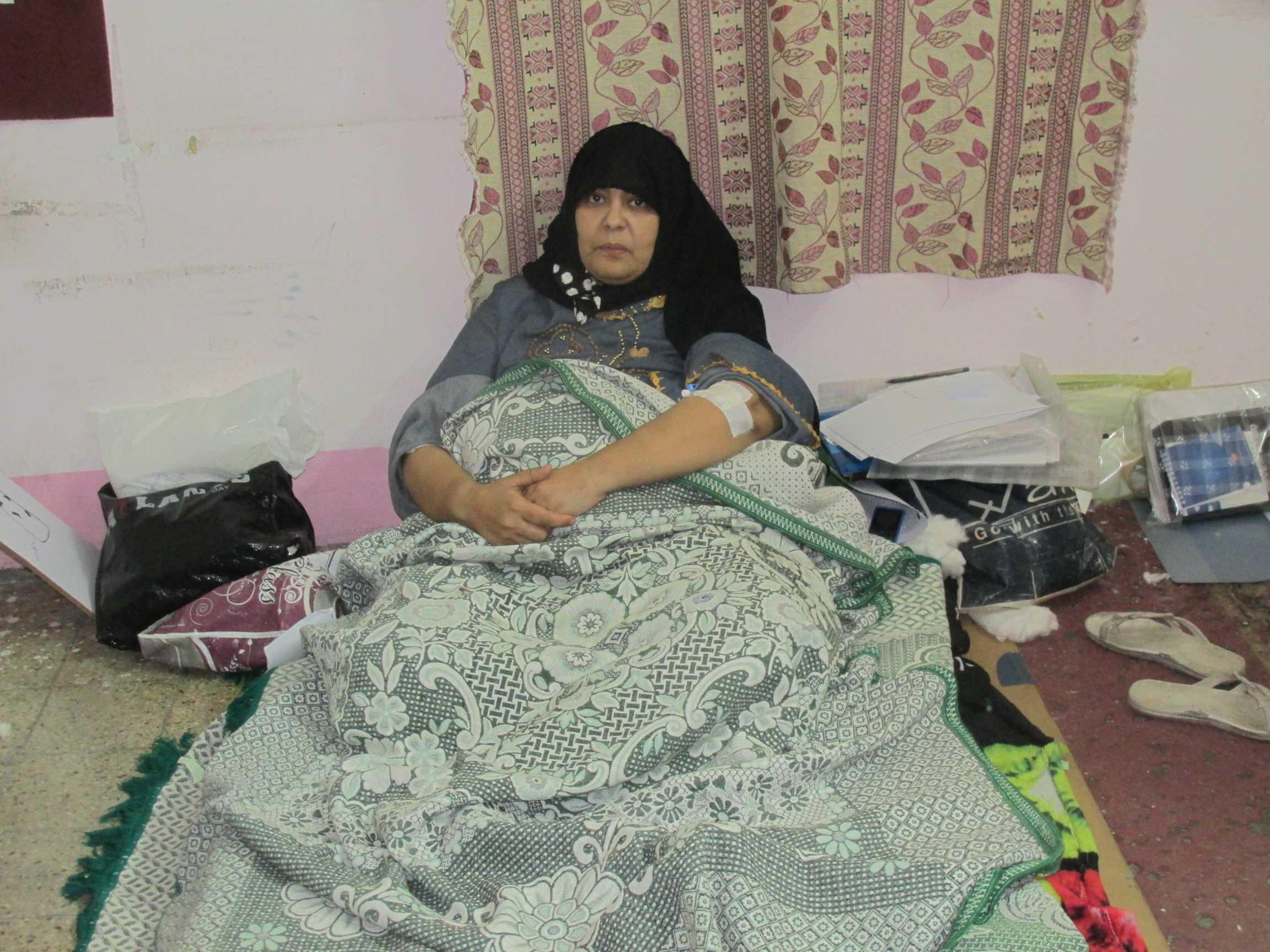 الممرضة المضربة داخل مكتب الصحة والسلامة المهنية بحميات بورسعيد