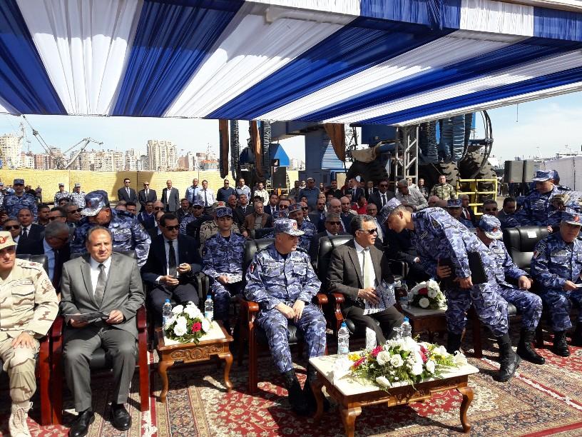 تدشين قاطرتين تحيا مصر بميناء الإسكندرية  (6)