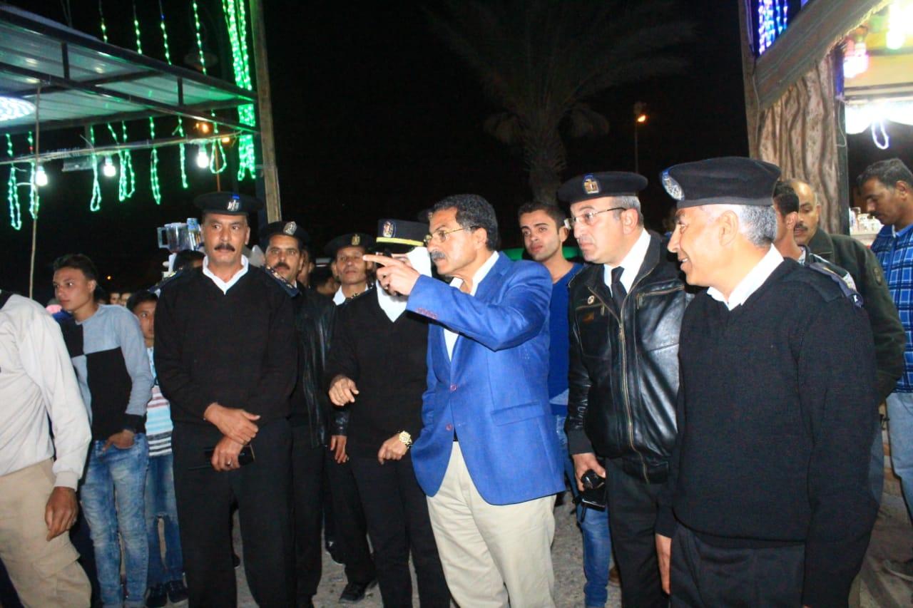 جولة مدير امن الاسماعيلية على طريق البلاجات (7)