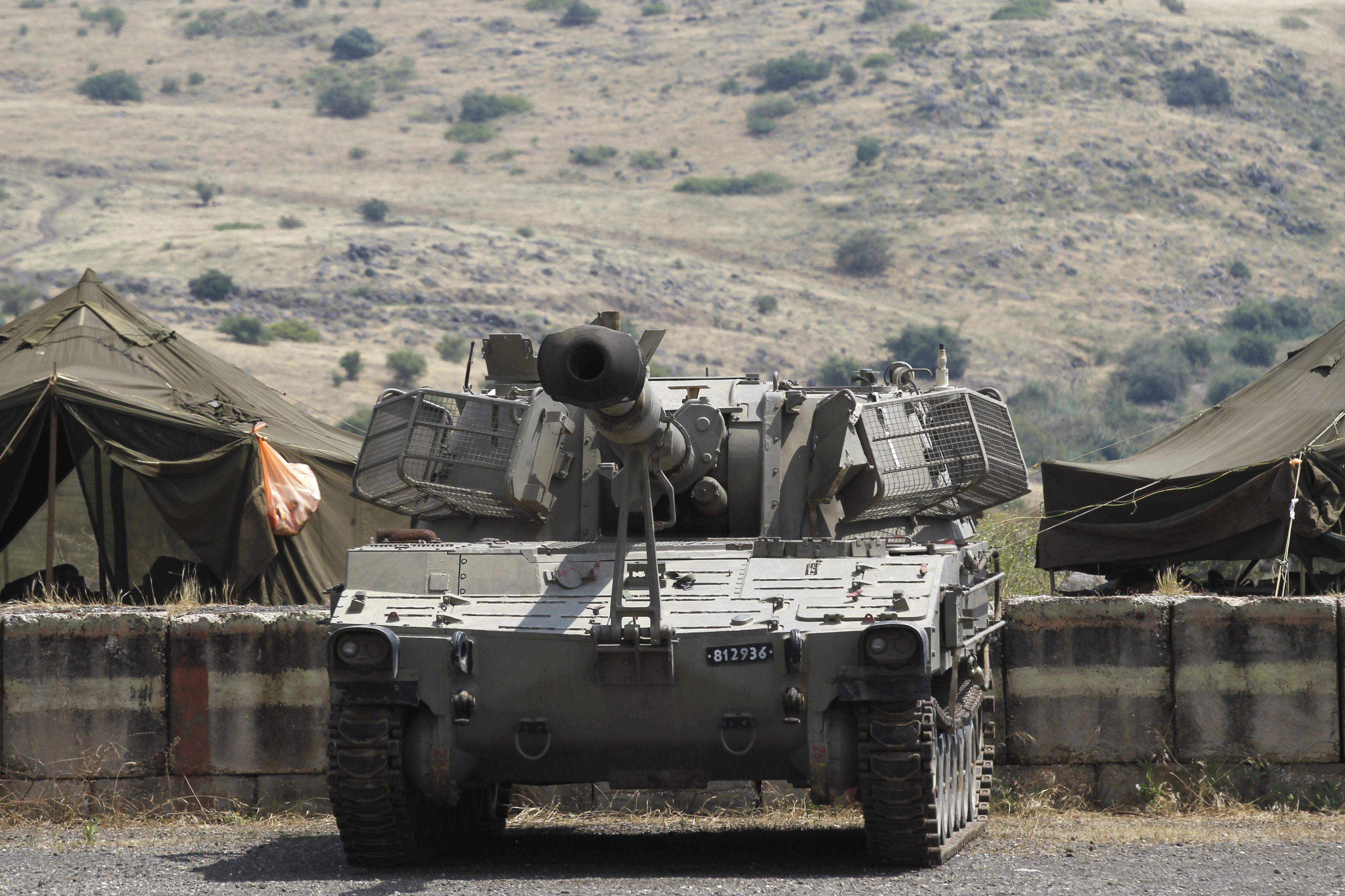 دبابة اسرائيلية فى الجولان