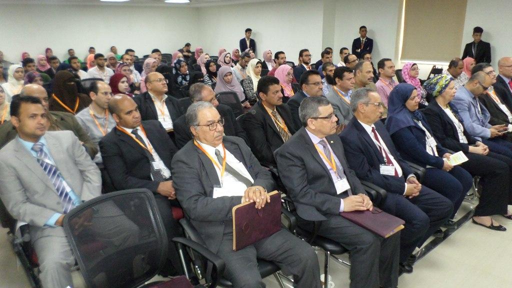 مؤتمر الحاسبات يكرمم عددا من المشاركين بالمؤتمر فى الاسماعيلية (3)