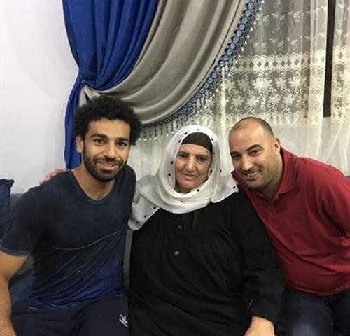 والدة محمد صلاح