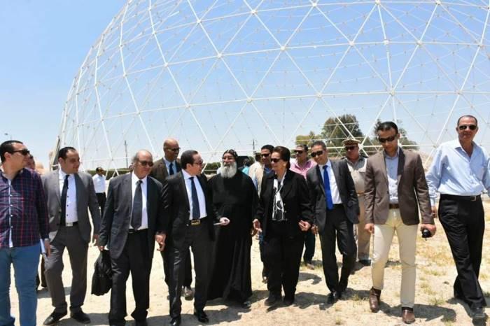 3 محافظ البحيرة مع وفد وزارة السياحة بوادى النطرون