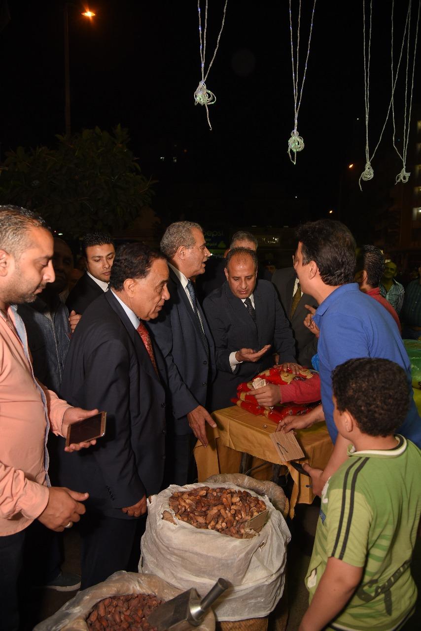 وزير التموين ومحافظ الإسكندرية (4)