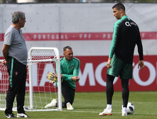 تدريبات منتخب البرتغال (2)