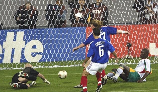 السنغال-1-0-فرنسا-مباراة-إفتتاح-كأس-العالم-2002-83de0
