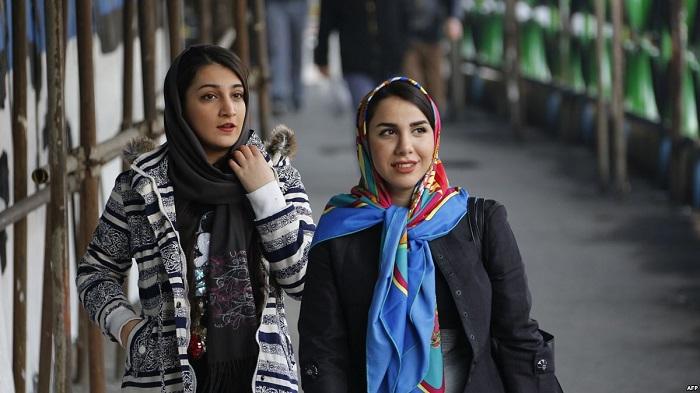 السيدات فى إيران
