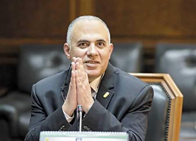 الدكتور محمد عبد العاطى وزير الرى