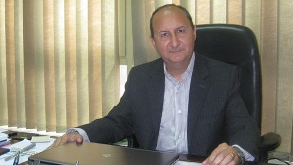 عمرو عادل بيومى وزير التجارة والصناعة