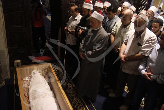جانب من الجنازة (5)