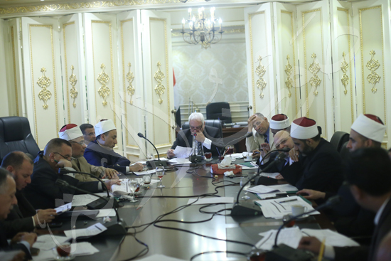 اللجنة الدينية  (1)