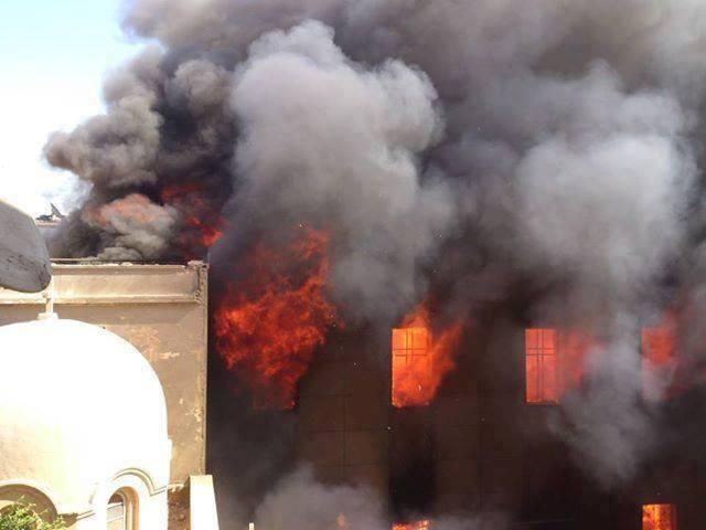 حرق الكنائس