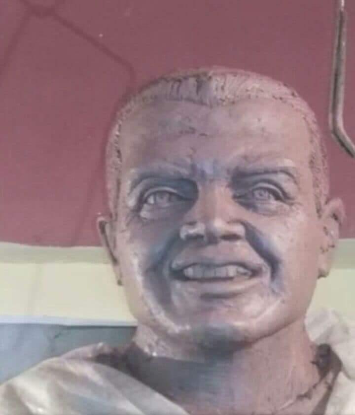 25585-تمثال-الشهيد-أحمد-منسى-(1)
