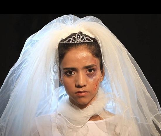 65915-معاناة-زواج-القاصرات