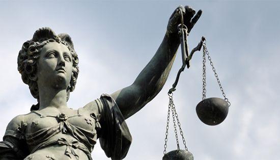 افضل عشر صفات في المحامي المحترف-compressed
