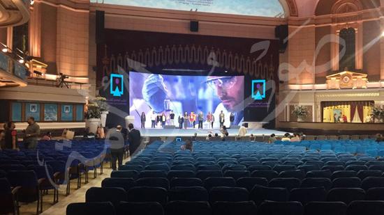 الاستعدادات لمؤتمر الشباب بجامعة القاهرة (4)