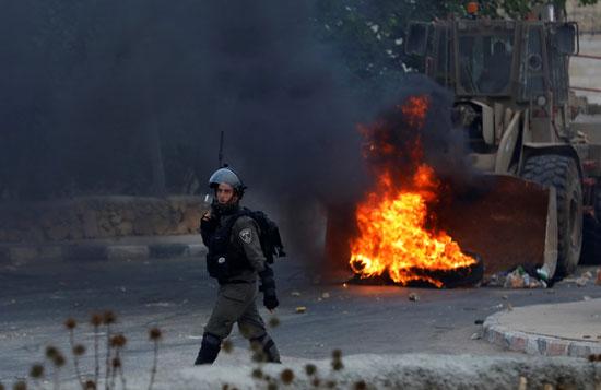 اشتباكات الفلسطنيين والقوات الاسرائيليه 27-7-2018 (2)