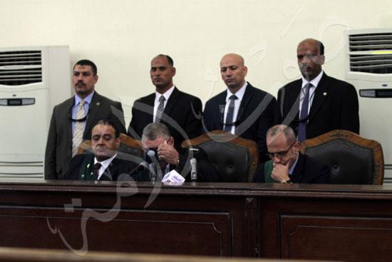 الحكم علي المتهمين في قضية فض رابعة  (8)