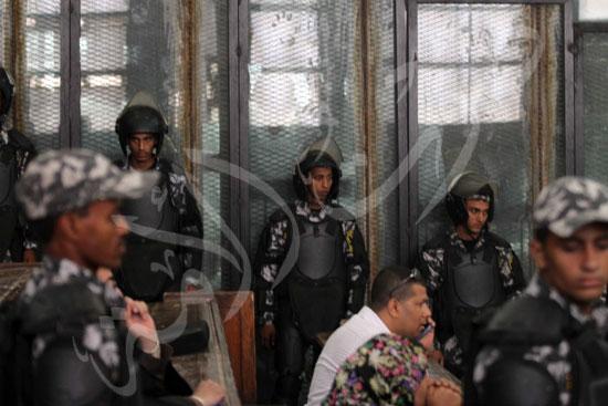 الحكم علي المتهمين في قضية فض رابعة  (14)