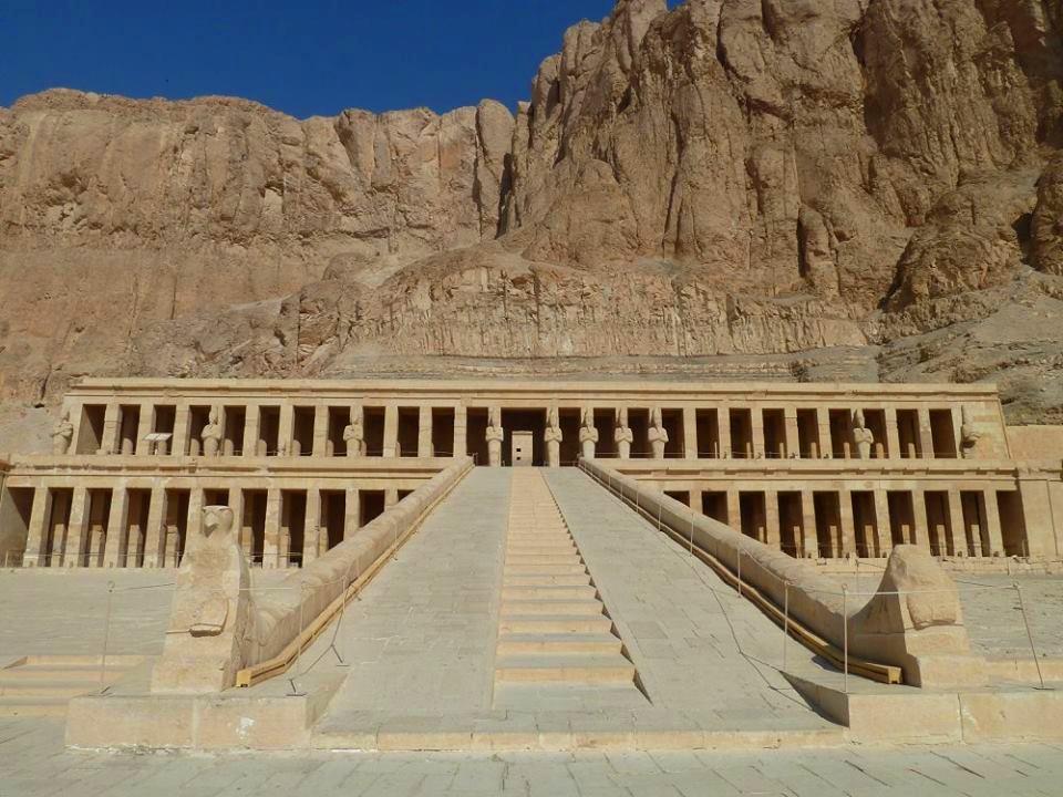 صورة من معبد حتشبسوت