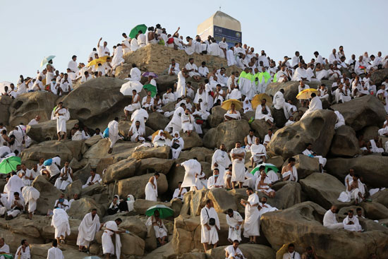 الحجاج على جبل عرفات (12)