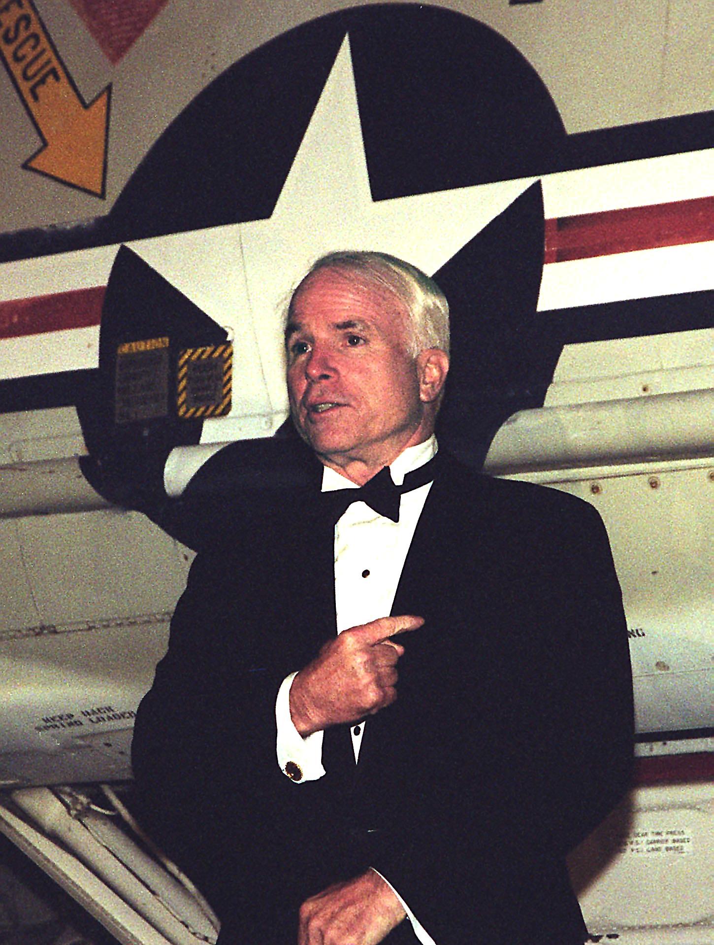السيناتور الأمريكى جون ماكين