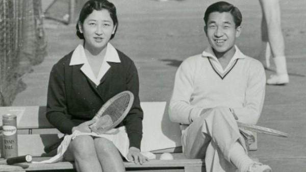 امبراطور-اليابان-أكيهيتو-