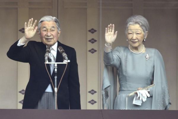 امبراطور-اليابان-أكيهيتو5