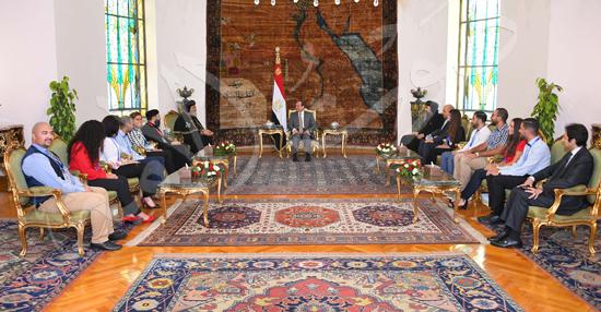 لقاء الرئيس وشباب ملتقى الكنيسة الأرثوذكسية العالمي
