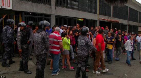 الهجوم-على-الرئيس-الفنزويلى-(1)