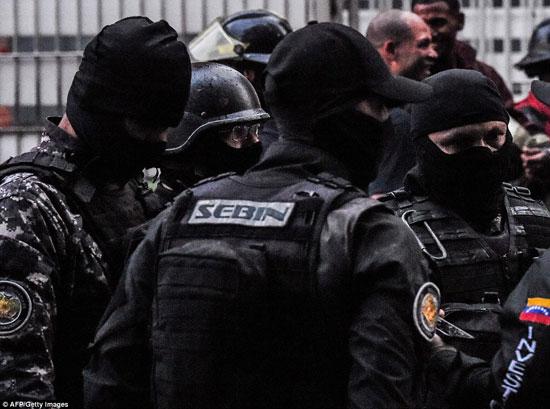 الهجوم-على-الرئيس-الفنزويلى-(5)