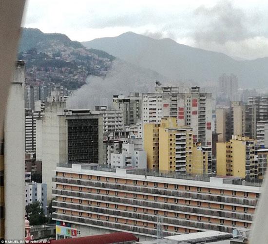 الهجوم-على-الرئيس-الفنزويلى-(4)