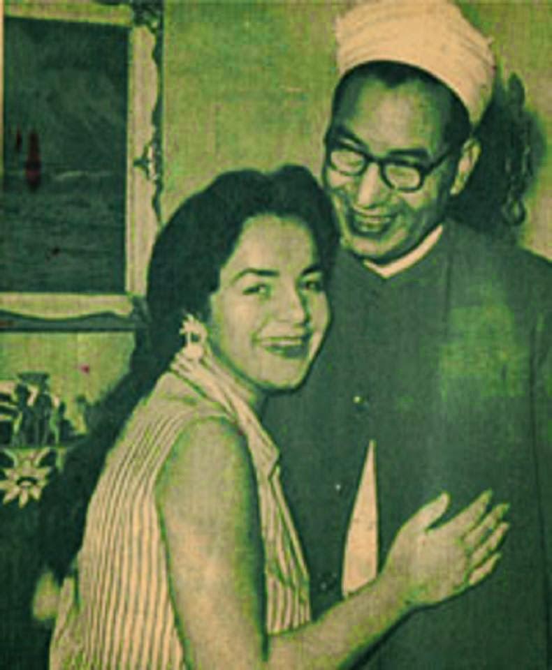 الشيخ الباقورى وابنته