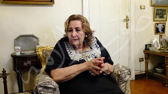ابنة وحفيدة الفنانه الراحله عقيله راتب (5)