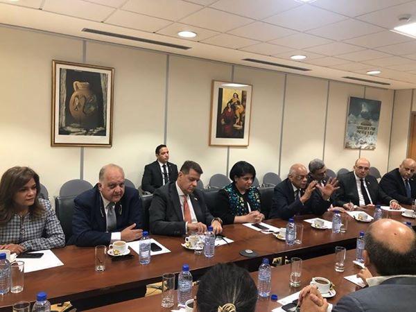 الدكتور عبدالعال مع أعضاء جمعية الصداقة البرلمانية القبرصية المصرية (5)