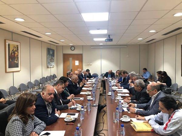 الدكتور عبدالعال مع أعضاء جمعية الصداقة البرلمانية القبرصية المصرية (3)