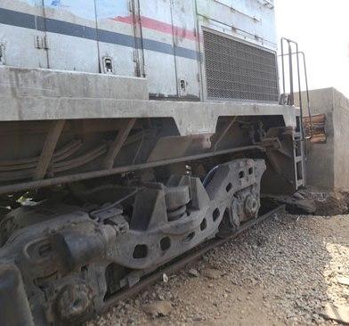 52678-خروج-قطار-عن-القضبان-بمحطة-شبين-الكوم