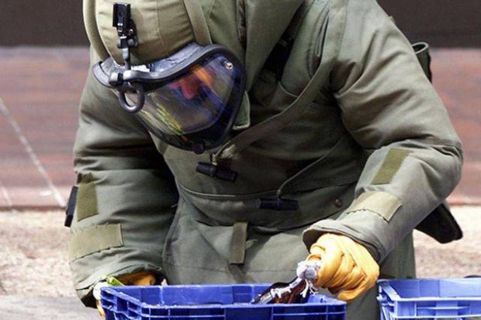 8-most-dangerous-jobs-91_970794_highres